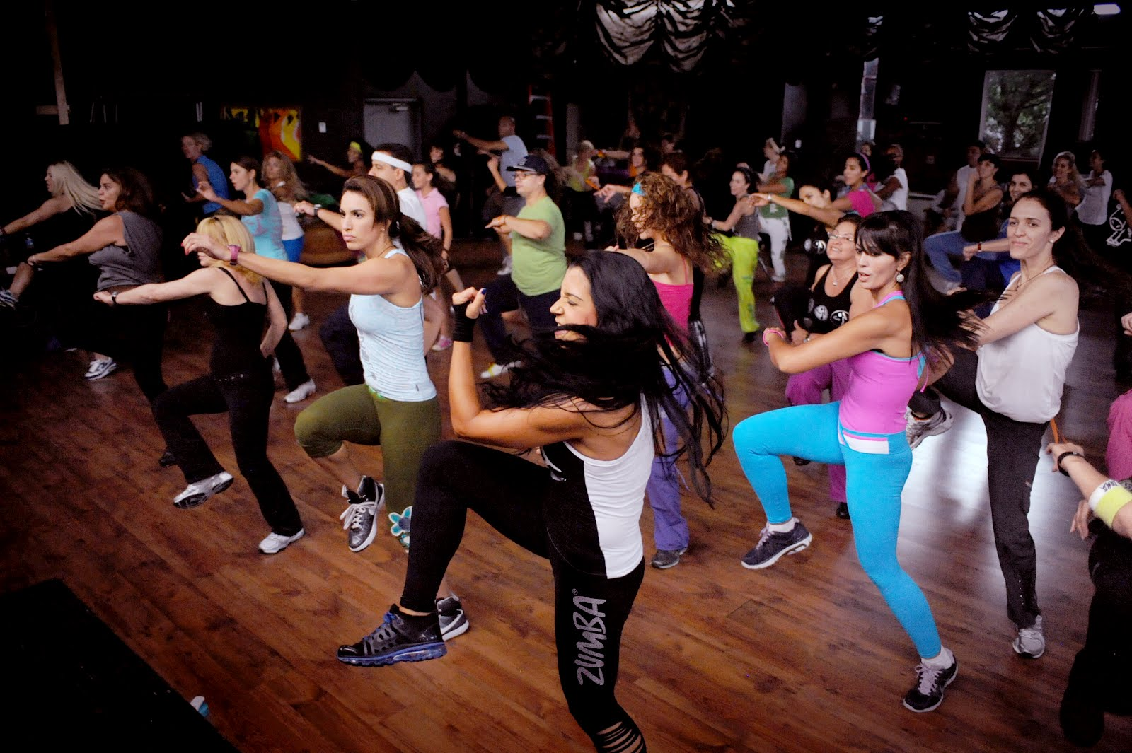 zumba,oryantal,sosyal latin,sportif latin,ttdans,dans okulu,dans ajansı